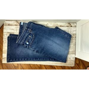 Woman's mid rise jeans
